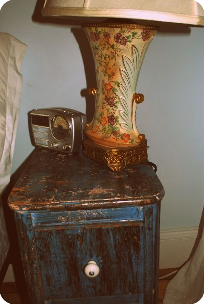 kates-nightstand